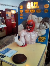 Musee-Mecanique-Arm-Wrestling